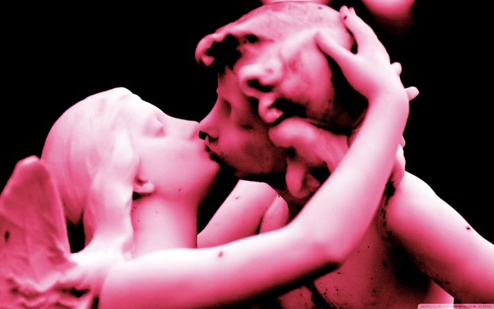 kiss_of_angels-wallpaper-2560x1600